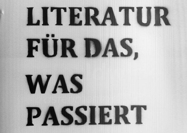 <br /> LITERATUR FÜR DAS, WAS PASSIERT